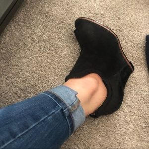 Sam Edelman Black suede/calf hair booties